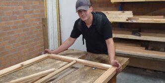 Stichting Ribo maakt raamkozijnen met leerlingen